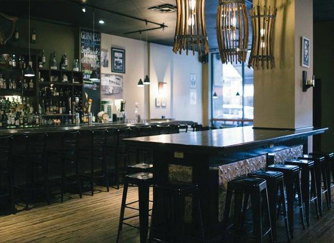 Parnell's Irish Pub